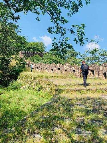 [Photo Story] Traversing the Kumbhalgarh Wall – A Historical Marvel l Pahadi Bidu explore the Aravalis
