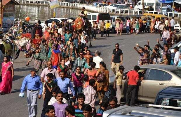Udaipur or Gujarat? Gujarati tourists everywhere