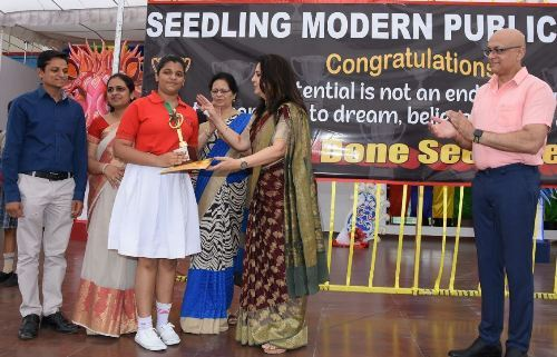 Felicitation of achievers at Seedling Modern Public School Udaipur