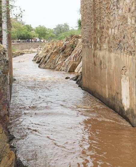 Get ready Pichola, Nandeshwar Channel overflows