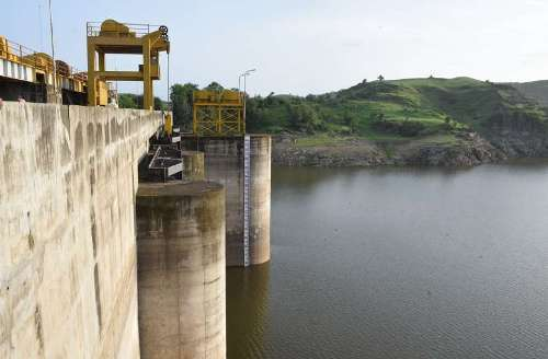 Insufficient water in dams providing drinking water