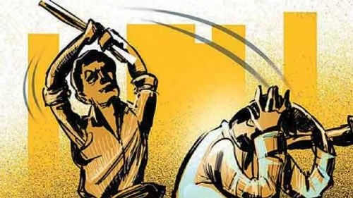1 injured as 2 groups indulge in fight