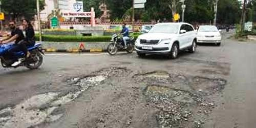 Directives issued to repair roads within 15 days post monsoon