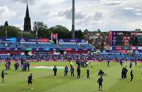 ICC World Cup – My Experience of a Live World Cup Match | Leeds – Sri Lanka vs India