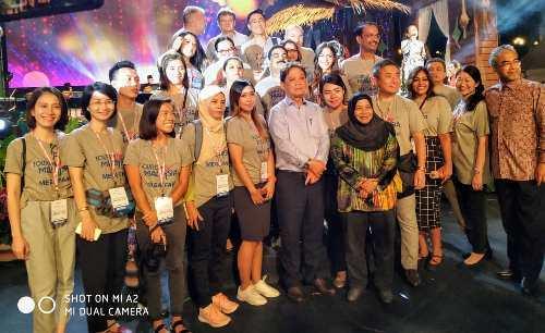 Experience Malaysia – I   Majlis Rumah Terbuka Malaysia AidilFitri (HARI RAYA)
