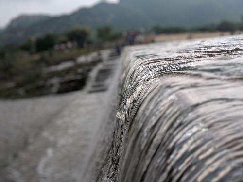 Mansi Vakal dam gets water from Madri dam
