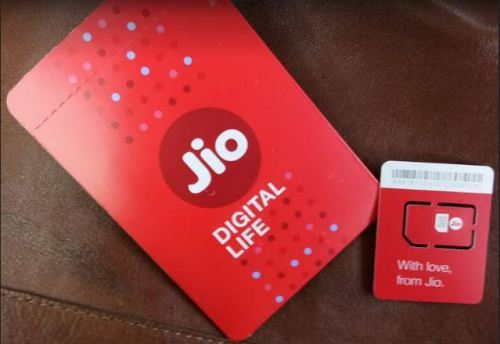 9 gifts from Jio in 2018 – Jio 1GB plan rates to reduce by Rs 50