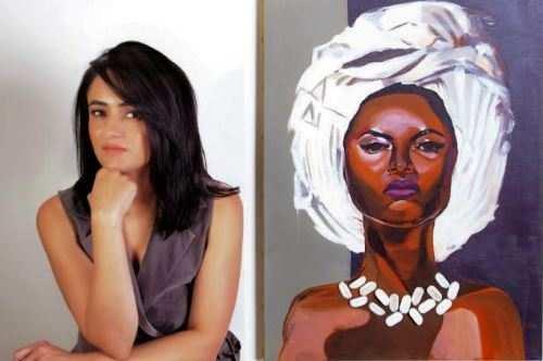 कूंची के जरिये कैनवास पर महिलाओं के सजीव चित्रण को दर्शाया अरवा तुर्रा ने