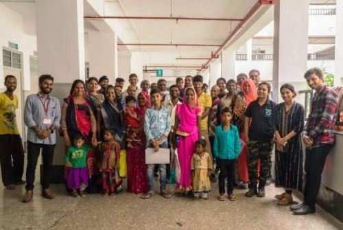 हिन्दुस्तान जिंक के ग्रामीण विकास कार्यक्रम के तहत ग्रामीणों का स्वास्थ्य परीक्षण