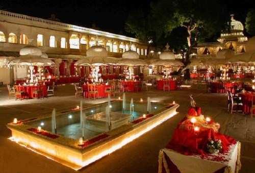 High profile wedding window of Udaipur 2004-2018