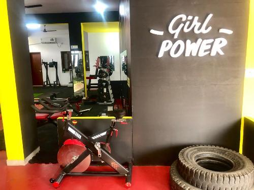 Fitnesspreneur Couple set up First Ladies Only Gym in Udaipur | Amazing Body Transformation