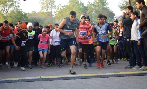 """Over 1000 people run in """"Udaipur Runs"""""""