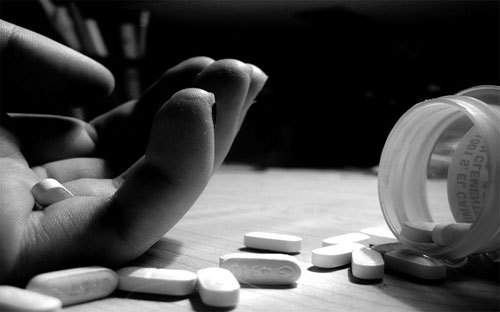 Man cheated by property dealer commits suicide