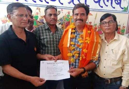 प्रताप सिंह राठौड़ बने लेकसिटी प्रेस क्लब के अध्यक्ष