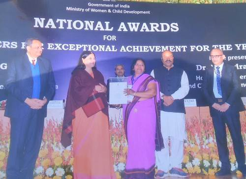 Maneka Sanjay Gandhi confers National Awards to Anganwadi Workers for Exceptional Achievements under ICDS Scheme