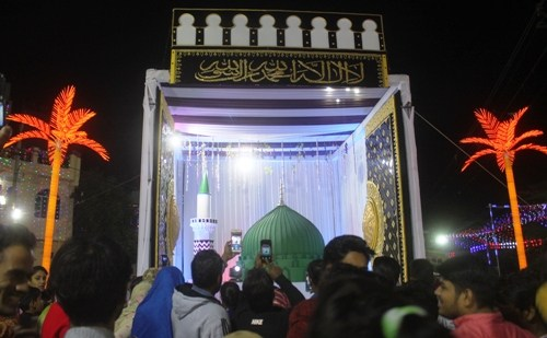 [Pictures] Grand procession taken out celebrating Milad un Nabi