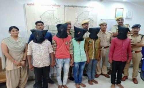 घंटाघर में ज्वेलरी शॉप लूट का खुलासा, पांच गिरफ्तार