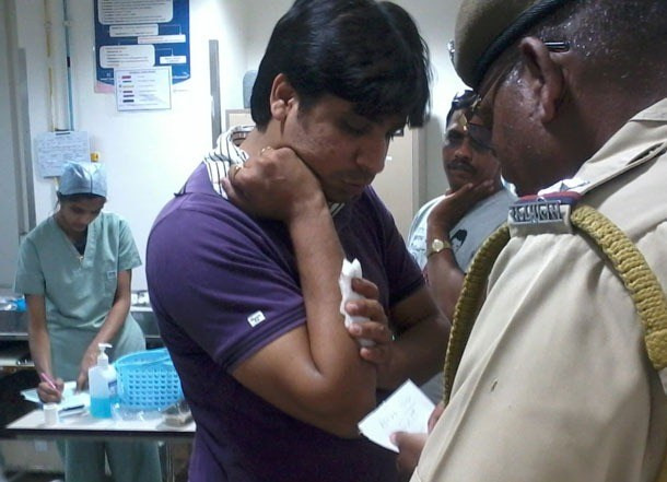 Father-Son Stabbed by auto driver