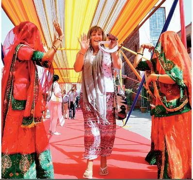 Maharaja Express in Udaipur-Red Carpet welcome