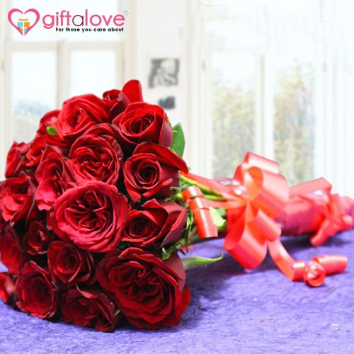 Giftalove.com: Gets the New Rose Day Gifts Collection for its Customers