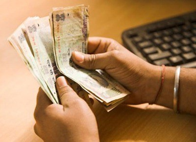 ACB Arrests Female Surgeon for taking Rs.4000 Bribe