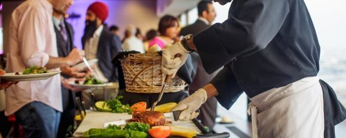 How to work with your caterer for an Indian wedding: tips, ideas, and mistakes to avoid