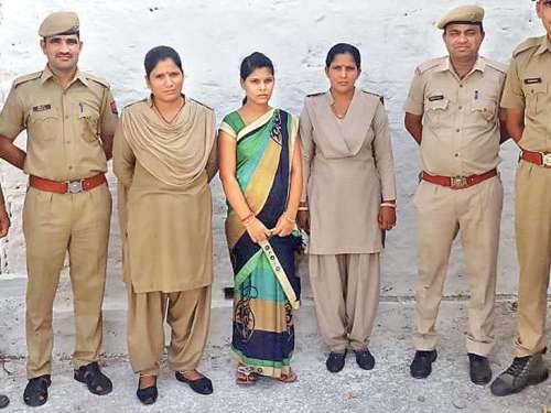 """""""Run away bride"""" arrested for duping people"""