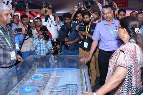 मुख्यमंत्री राजे ने देखी डीजीफेस्ट-2018 में हिन्दुस्तान जिंक की प्रदर्शनी