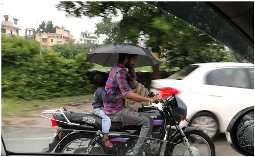 Story of Hero Father – Driving motorcycle without helmet, inviting accident