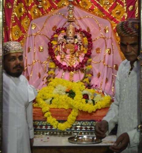 Jewel studded saree and heavy jewellery for Mahalakshmi