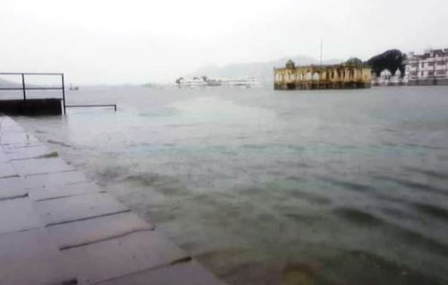 Pichola at 8 feet-Water to be diverted to Fathesagar