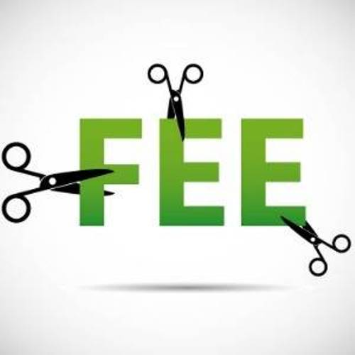 Students demand 30 percent reduction in fees