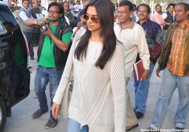 Deepika Padukone Arrives in Udaipur for Ram Leela shoot