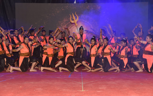 Over 1000 students perform in Seedling Annual Function