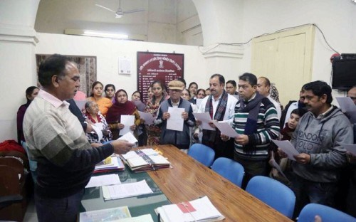 Pakistani Hindus get Indian Citizenship in Udaipur