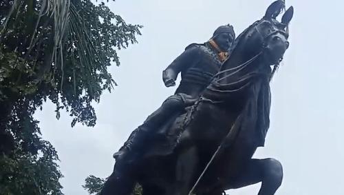 Mutilation of Pratap's statue-Public agitated