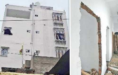 Illegal construction alongside Pichola demolished