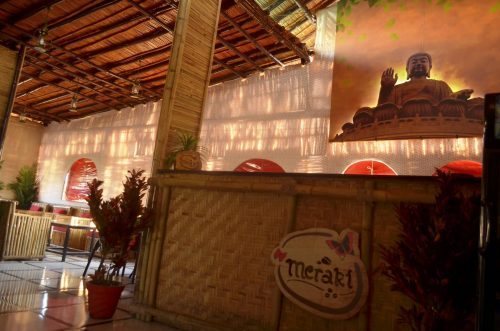 Cafe running Illegal hukka bar raided   22 high society people arrested