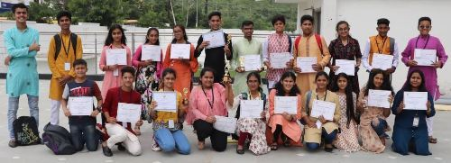 Seedling students outperform others at the Vox Populi – Voice of the People debate competition