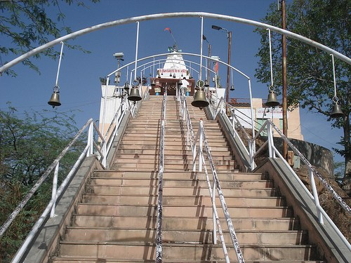 Robbery at Neemuch Mata Temple; Cash and Crown stolen