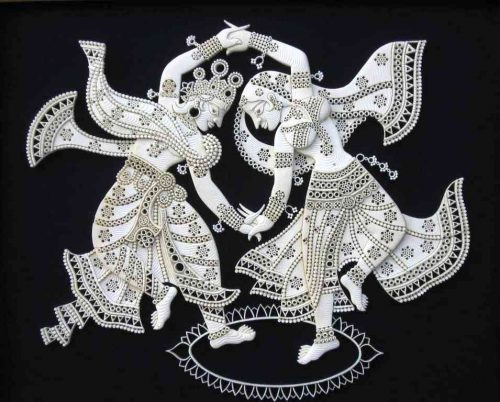 OMG! This Udaipur man carves sculptures out of Sea Froth