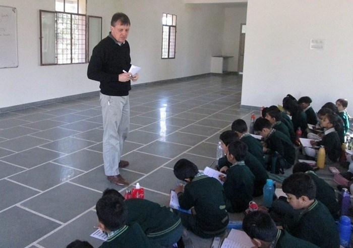 British Teachers visit Junior Study, impressed with students handwritings