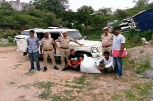 20 kg डोडा पोस्त समेत 2 गिरफ्तार