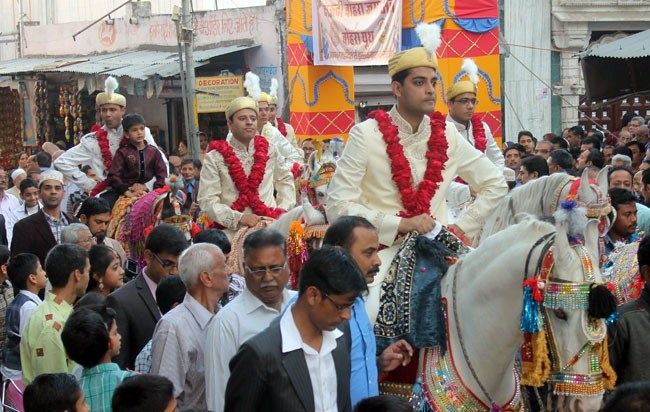 7 Couples Wedded in 19th Mass Wedding of Bohra Youth Community