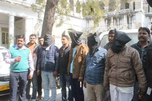 उदयपुर पुलिस ने अहमदाबाद से अपह्रत व्यक्ति को छुड़ाया, चार अपहरणकर्ता को दबोचा